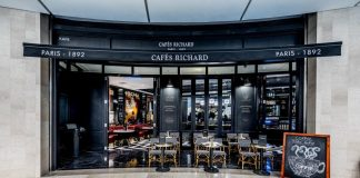 Resorts-World-Genting-Official-Photo-Cafes-Richard