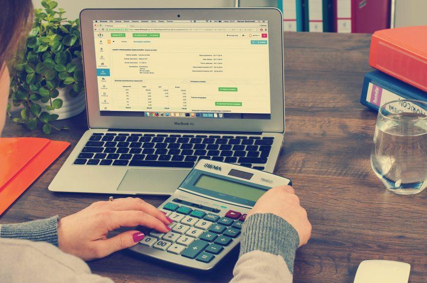 Revenue dan Income 3