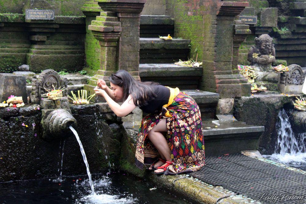 Pura Tirta Empul Tampaksiring, Gianyar, Bali - 11