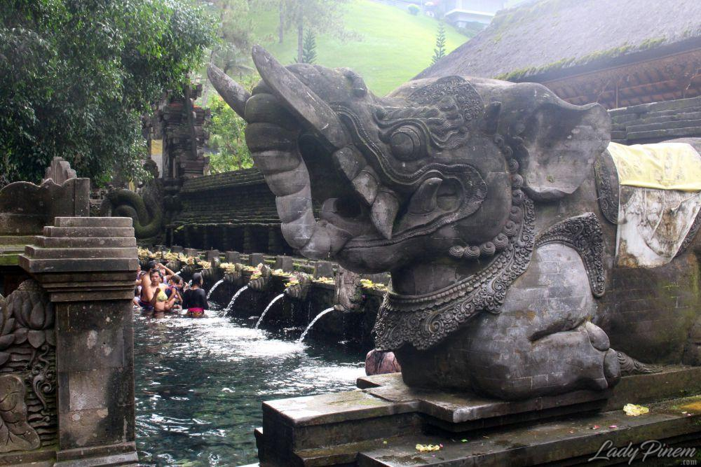 Pura Tirta Empul Tampaksiring, Gianyar, Bali - 12