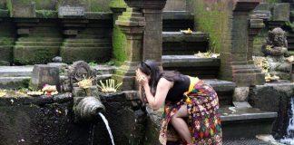 Pura Tirta Empul Tampaksiring, Gianyar, Bali - 9